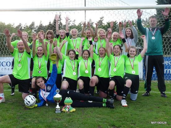 C-Juniorinnen gewinnen den Bezirkspokal